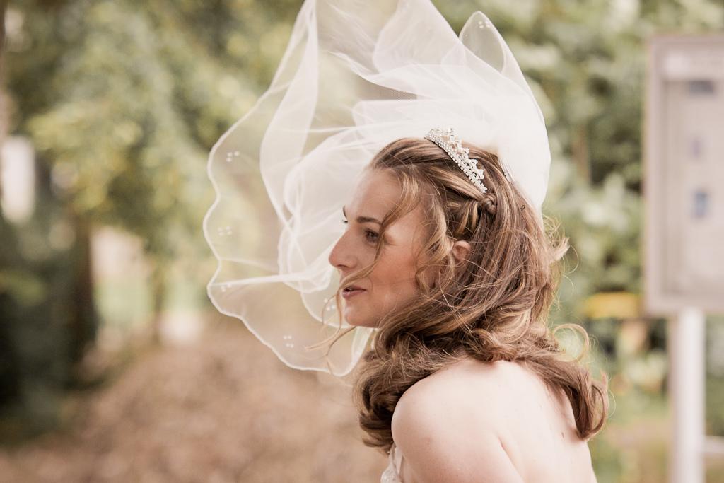 Brautschleier im Wind